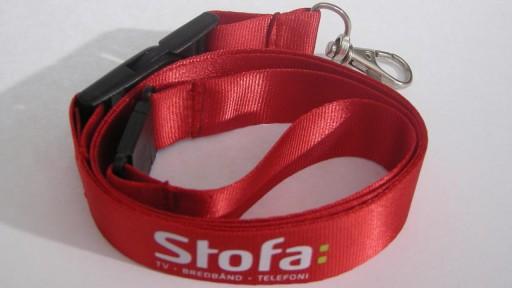 Nyckelband i nylon med logotyp i screentryck.