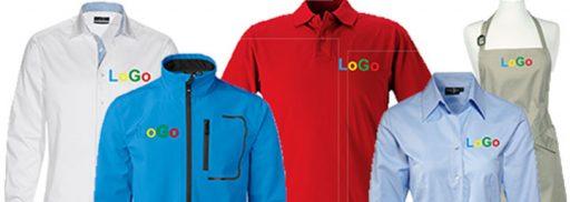 broderad logotyp på profilkläder