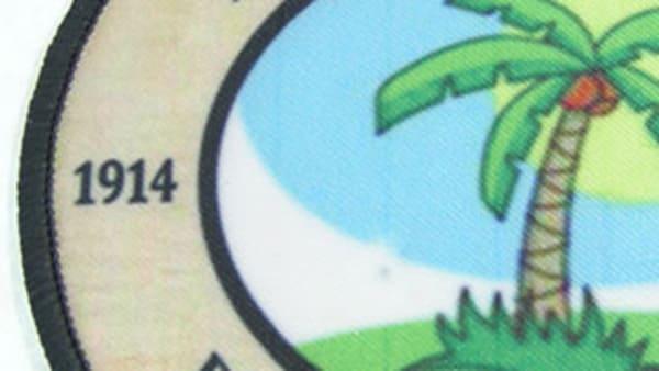 Tryckta tygmärken med langetterad kant